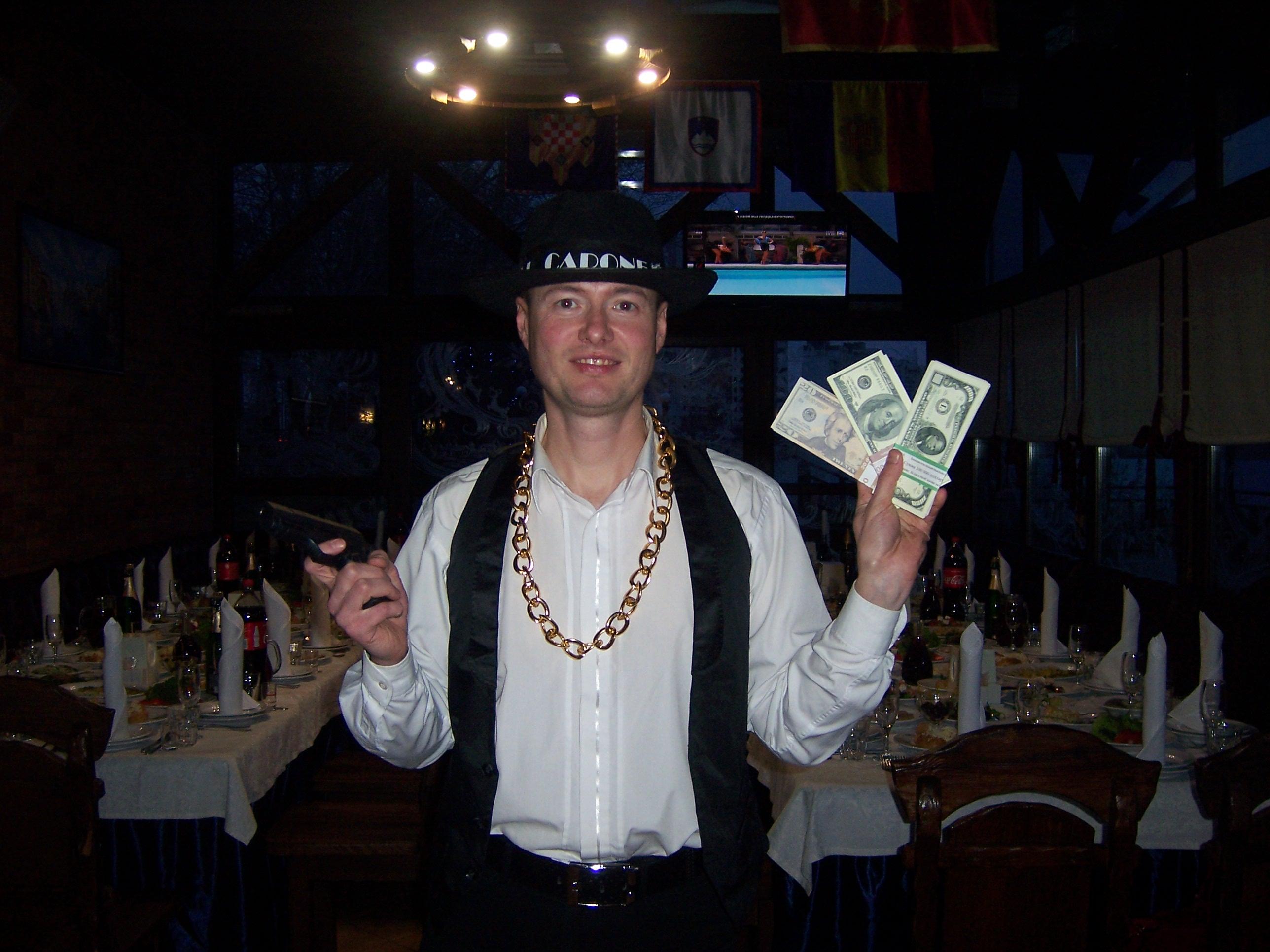 Фото Ведущий на корпоратив (гангстерская вечеринка)