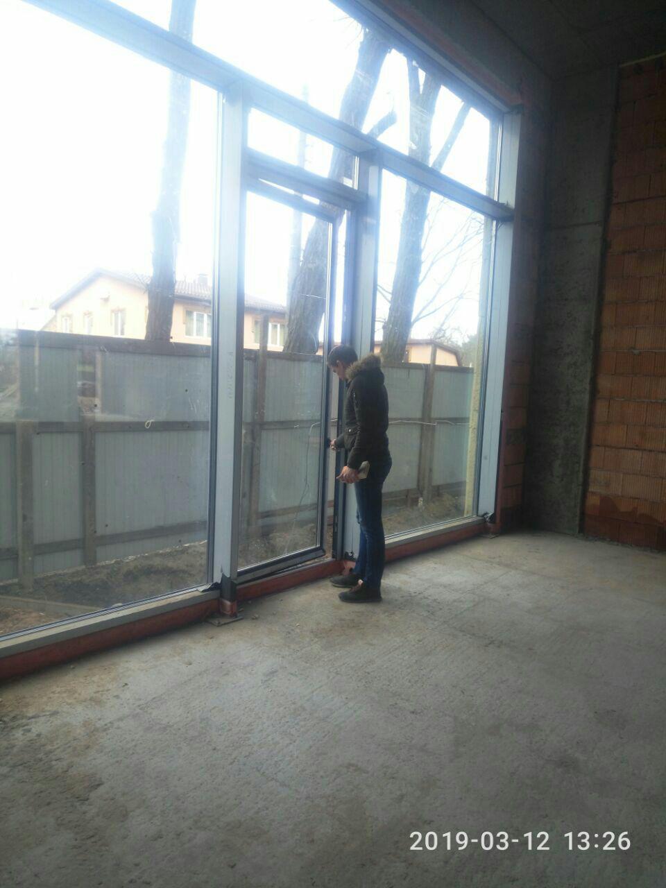 Фото Принимаем на сервис свой обьект,рост мастера1880.Такие двери! Всё работает без броблем.