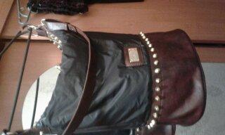 Фото Замена деталей сумки из эко-кожи на кожаные. Работа заняла три дня.