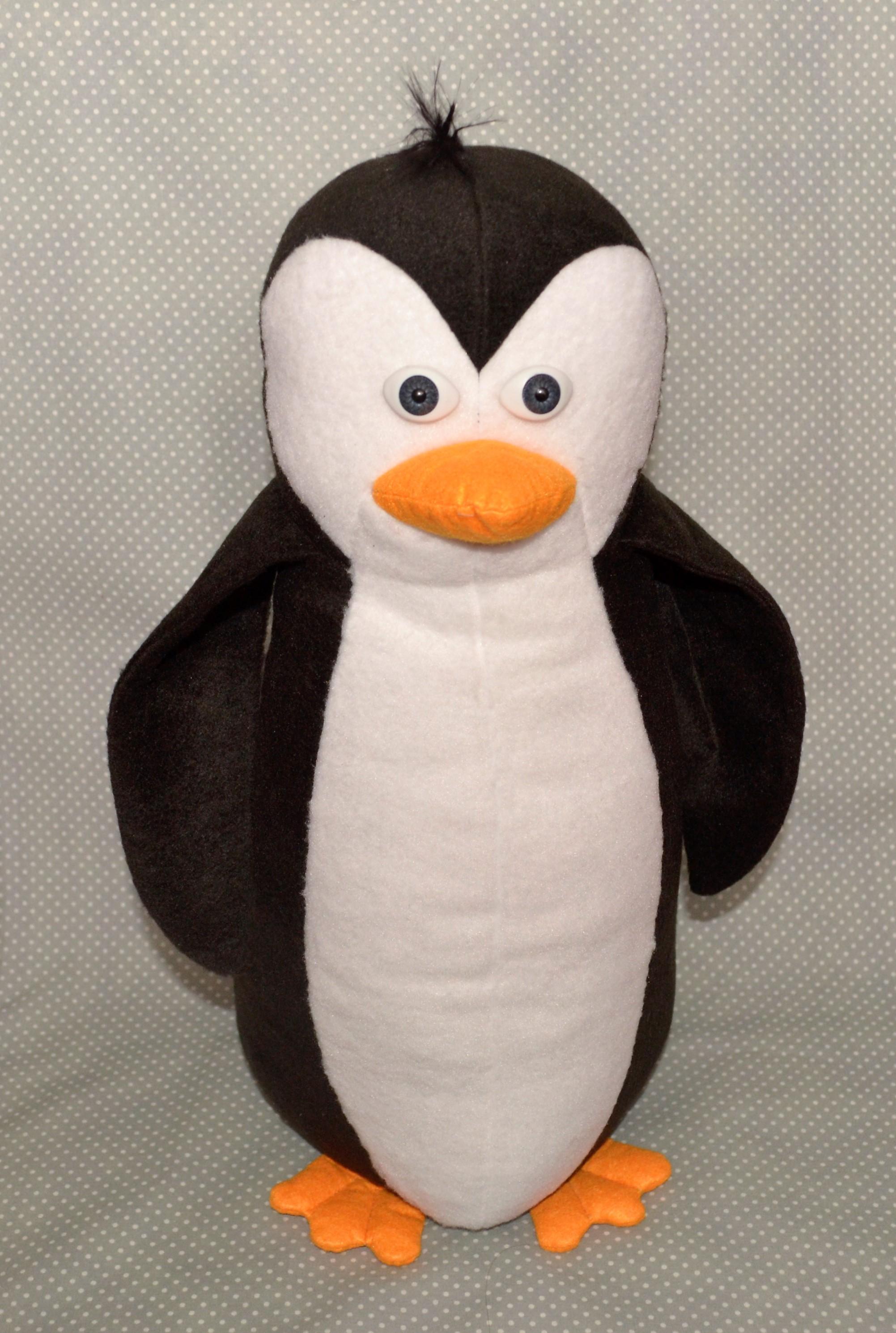 Фото Пошив мягкой игрушки пингвин.