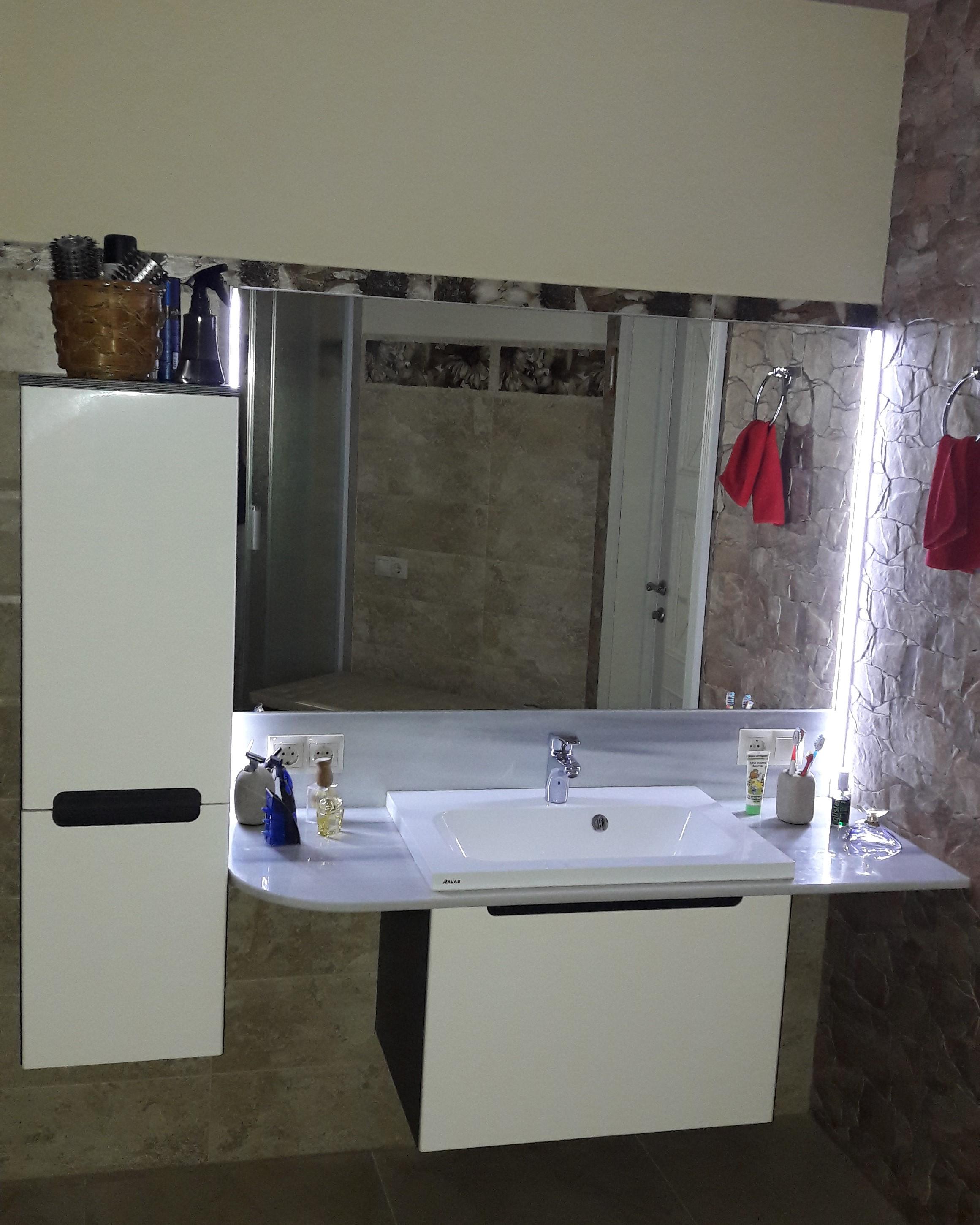 Фото Штукатурка, покраска, укладка плитки, установка мебели, зеркала