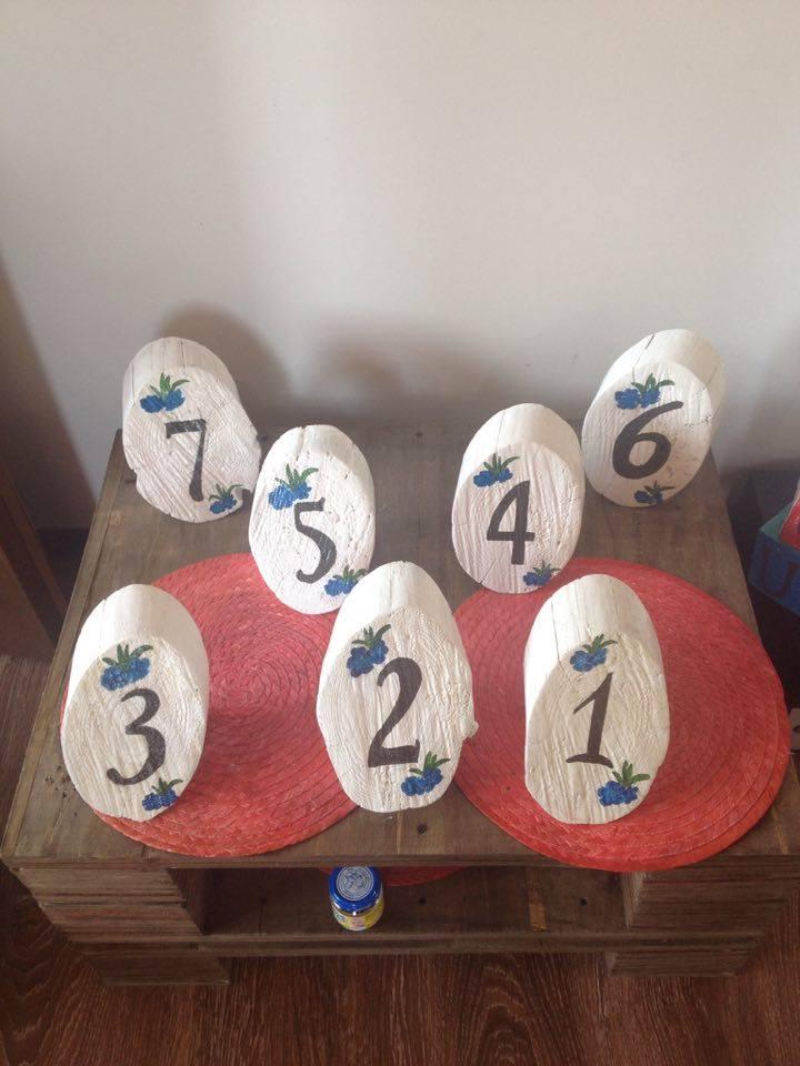 Фото Изготовлю номерочки на столы для свадьбы из дерева 1