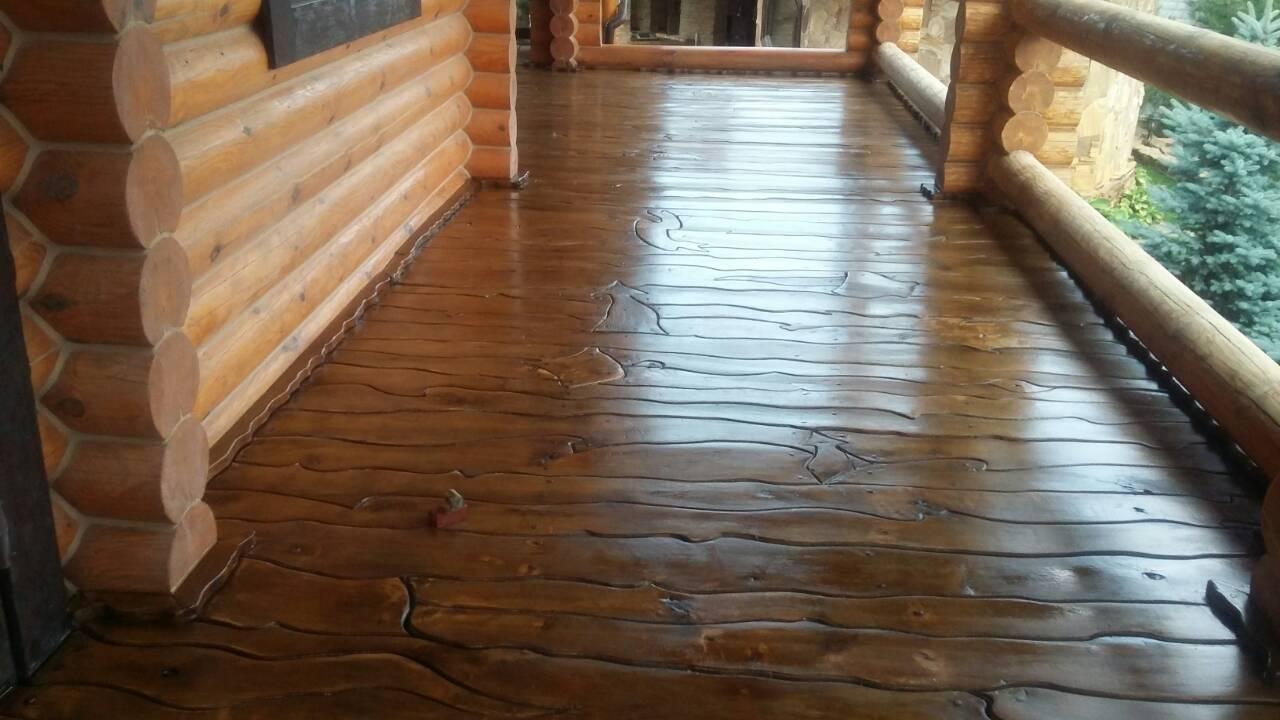 Фото Шлифовка,лакировка деревянного пола на террасе.Общая площадь 30кв. метров.Срок выполнения 1.5 дня.