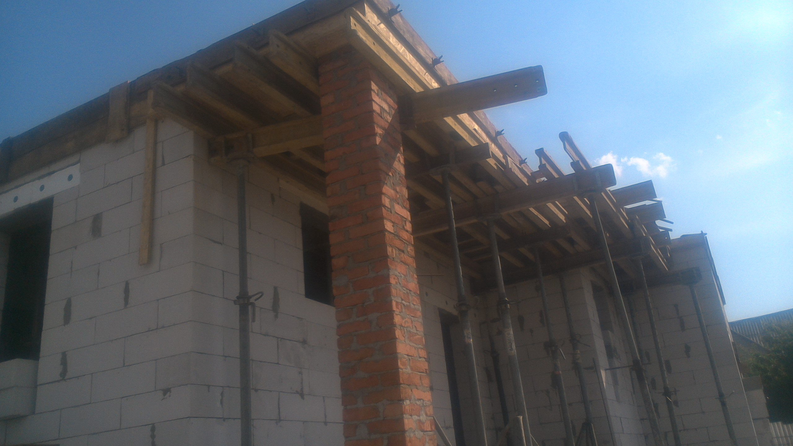Фото Строительство дома с газоблока