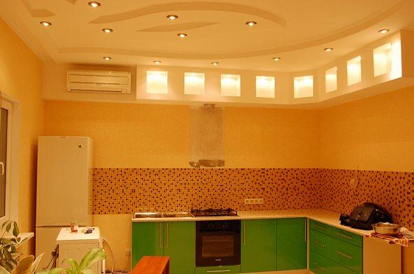 Фото Ремонт кухни. Устройство подвесных двухуровневых потолков, укладка кафеля на рабочую зону. Замена электропроводки на медную, монтаж точечных светильников