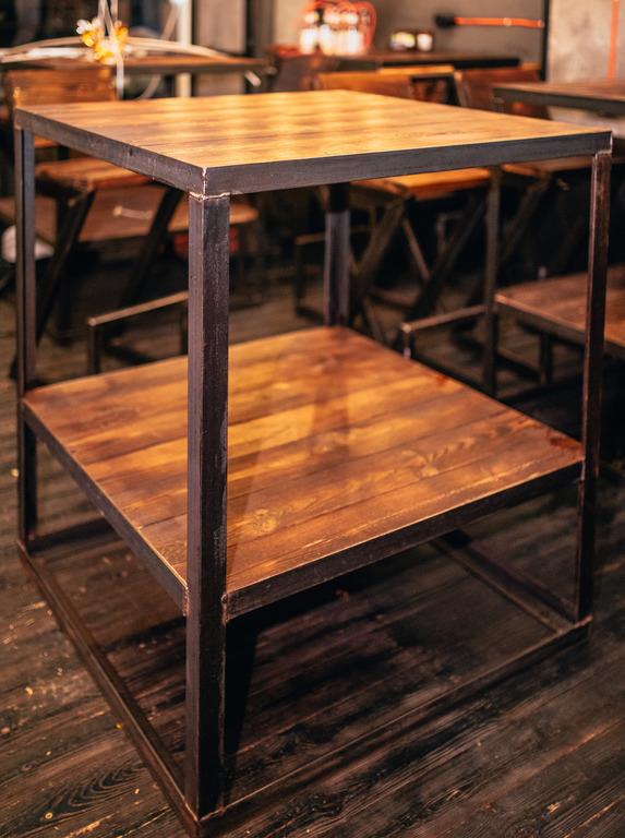 Фото производство высокого стола. 2 дня