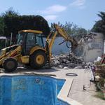 Вывоз строительного мусора доставка сыпучих материалов.