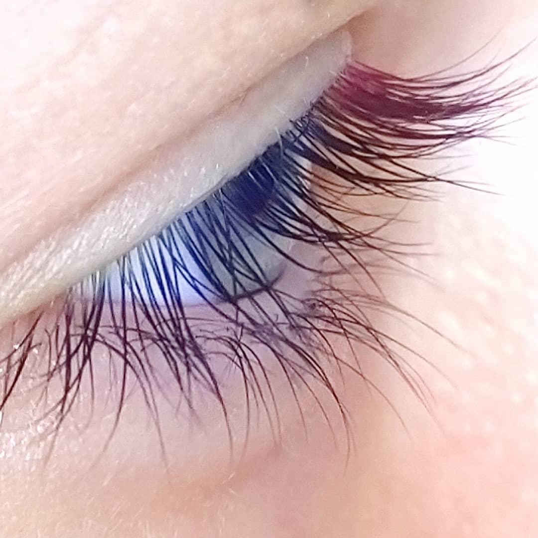Фото Цветное ламинировани ресниц
