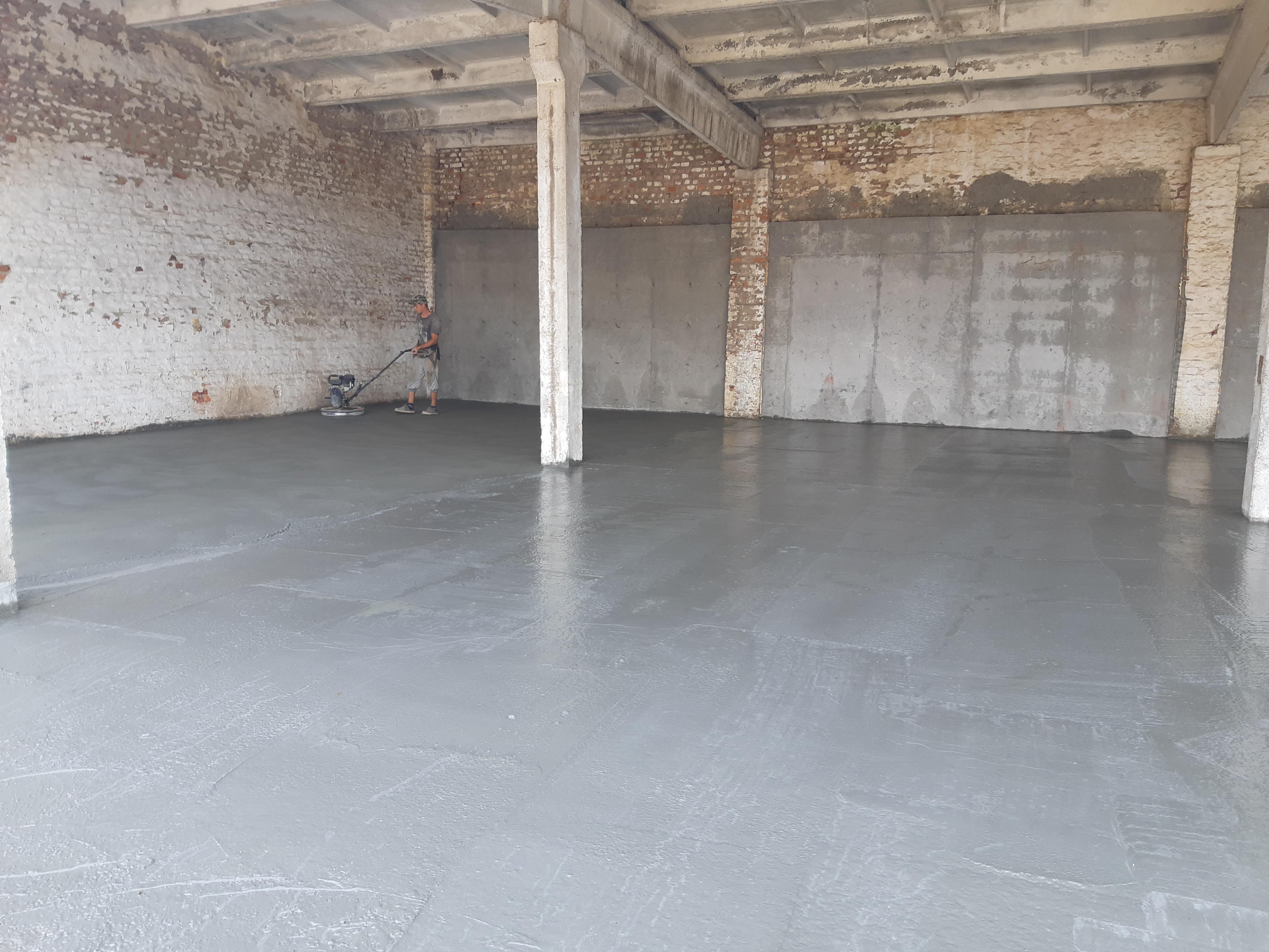 Фото Монтаж бетонного пола с применением технологии «топпинг» 2
