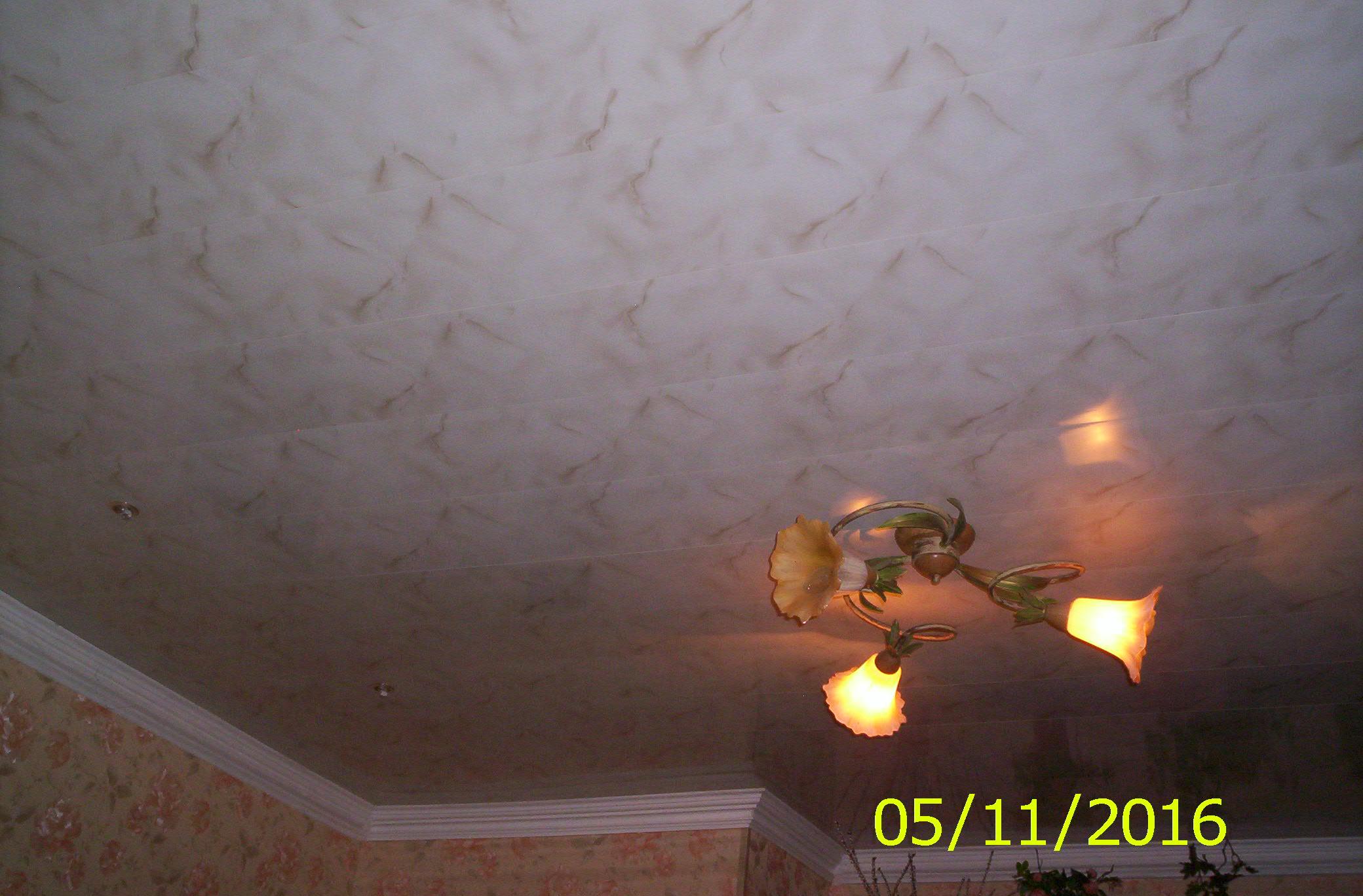 Фото Оформление потолка декоративными панелями. Комната срок исполнения 2 дня.