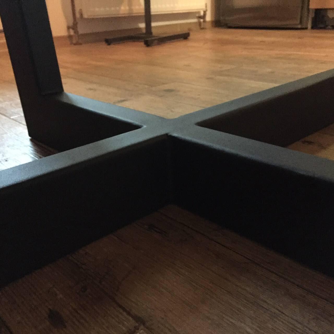 Фото ніжки для стола в стилі лофт. порошкова покраска