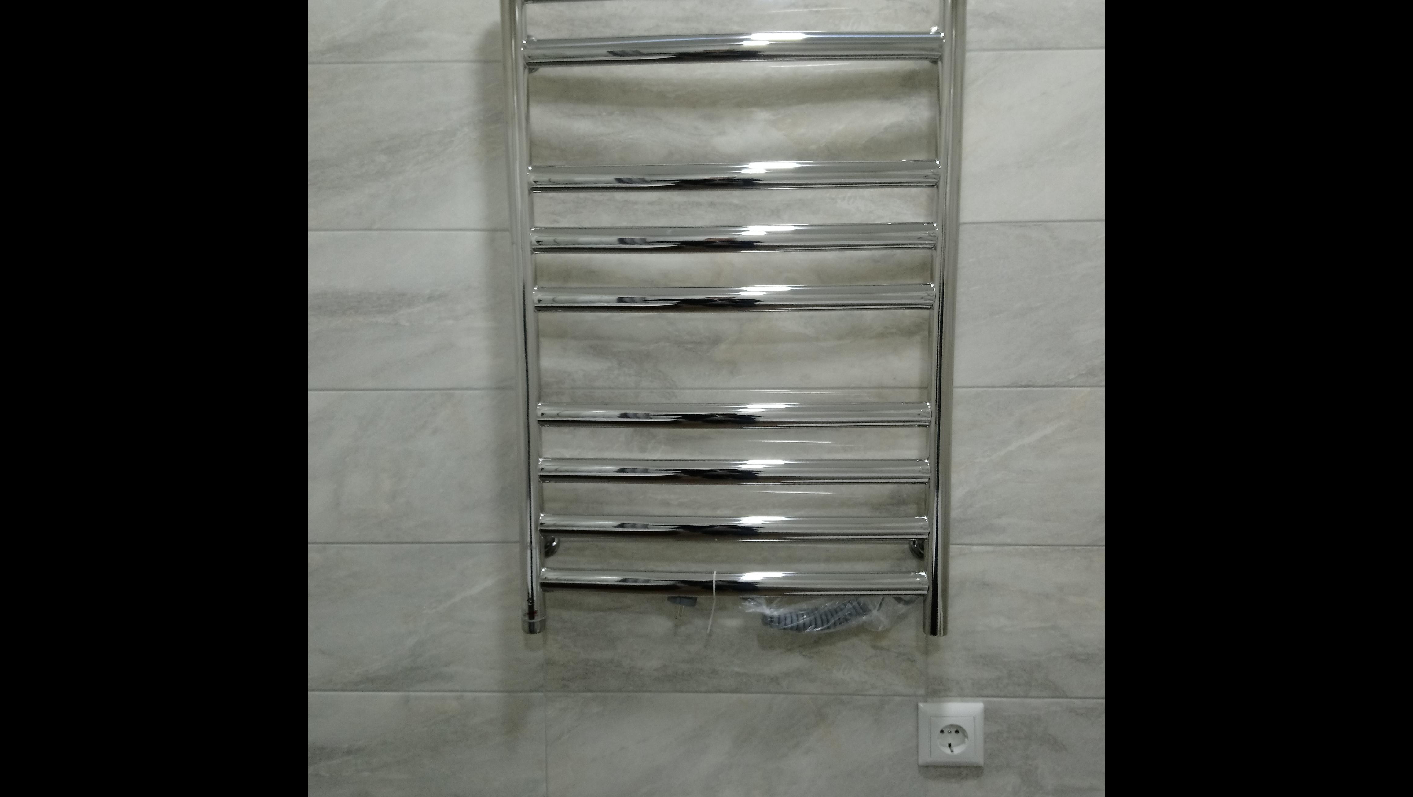 Фото Установка електрического полотенцесушителя
