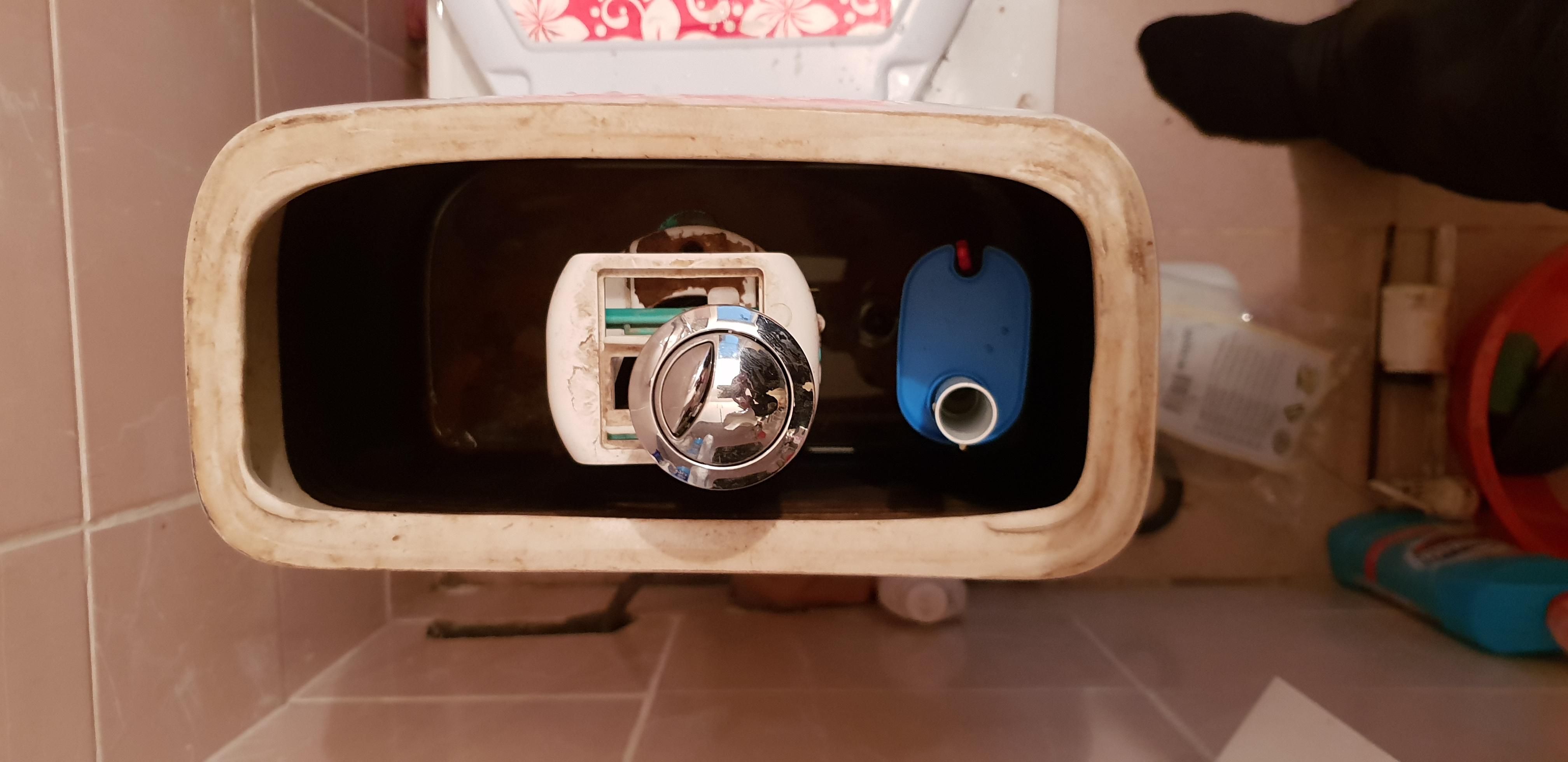 Фото Замена сливного бачка и водоподающего устройства