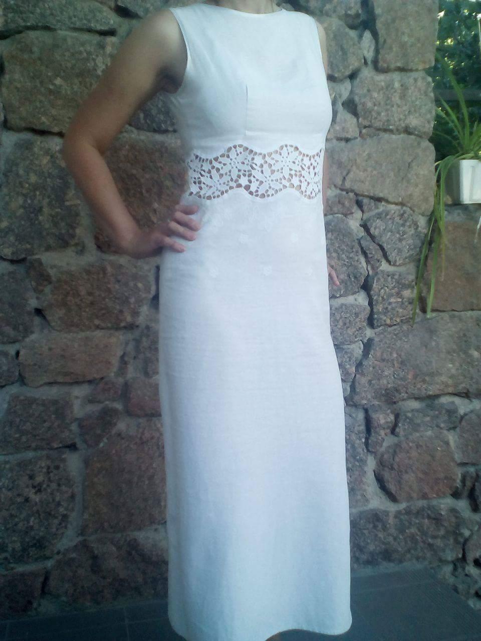 Фото Платье летнее длинное с отделкой кружевом.
