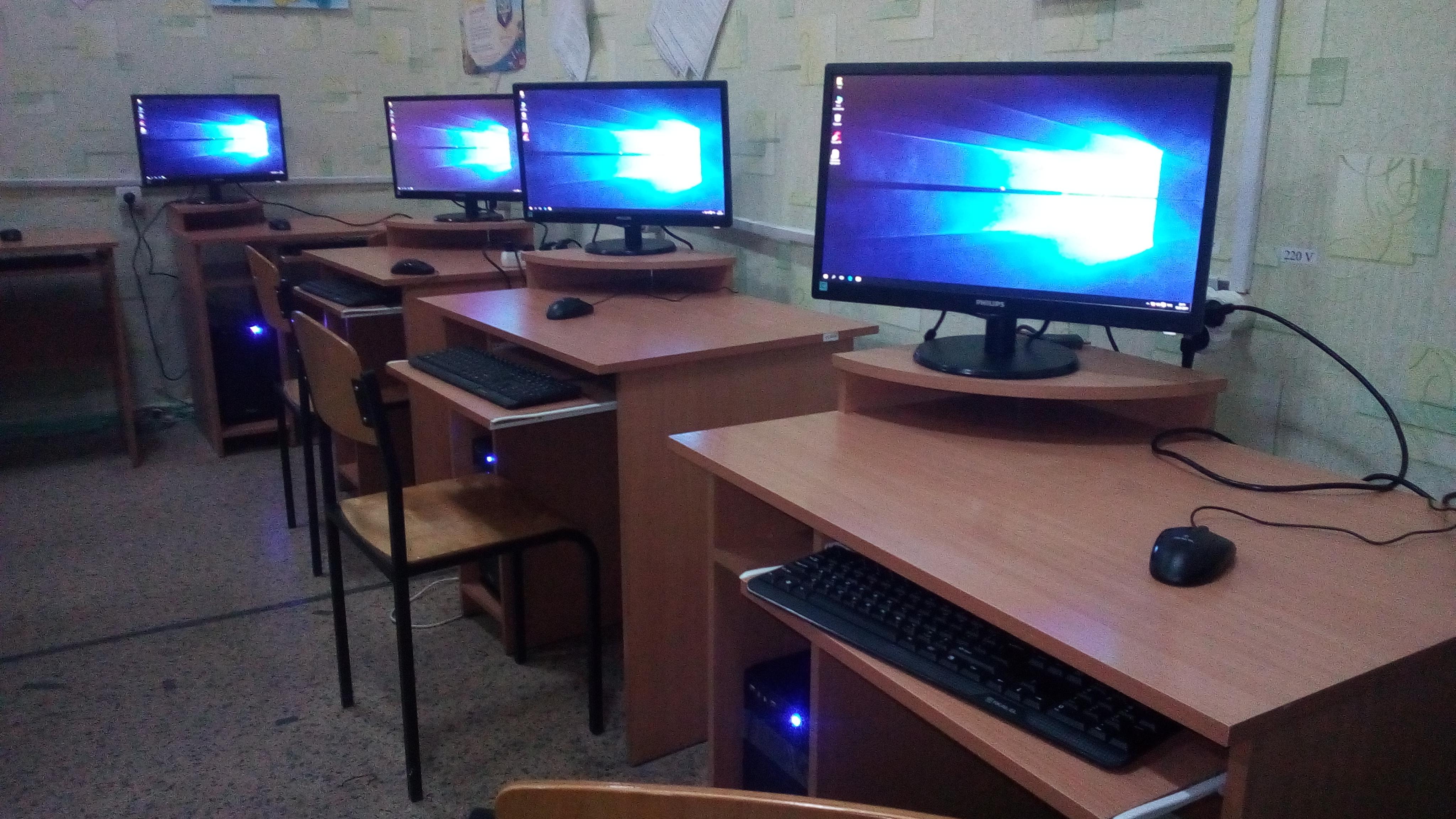 Фото Установка компьютеров в компьютерном классе СШ. Установка Операционной Системы Windows 10, настройка и установка необходимых программ и драйверов, установка антивирусного ПО.