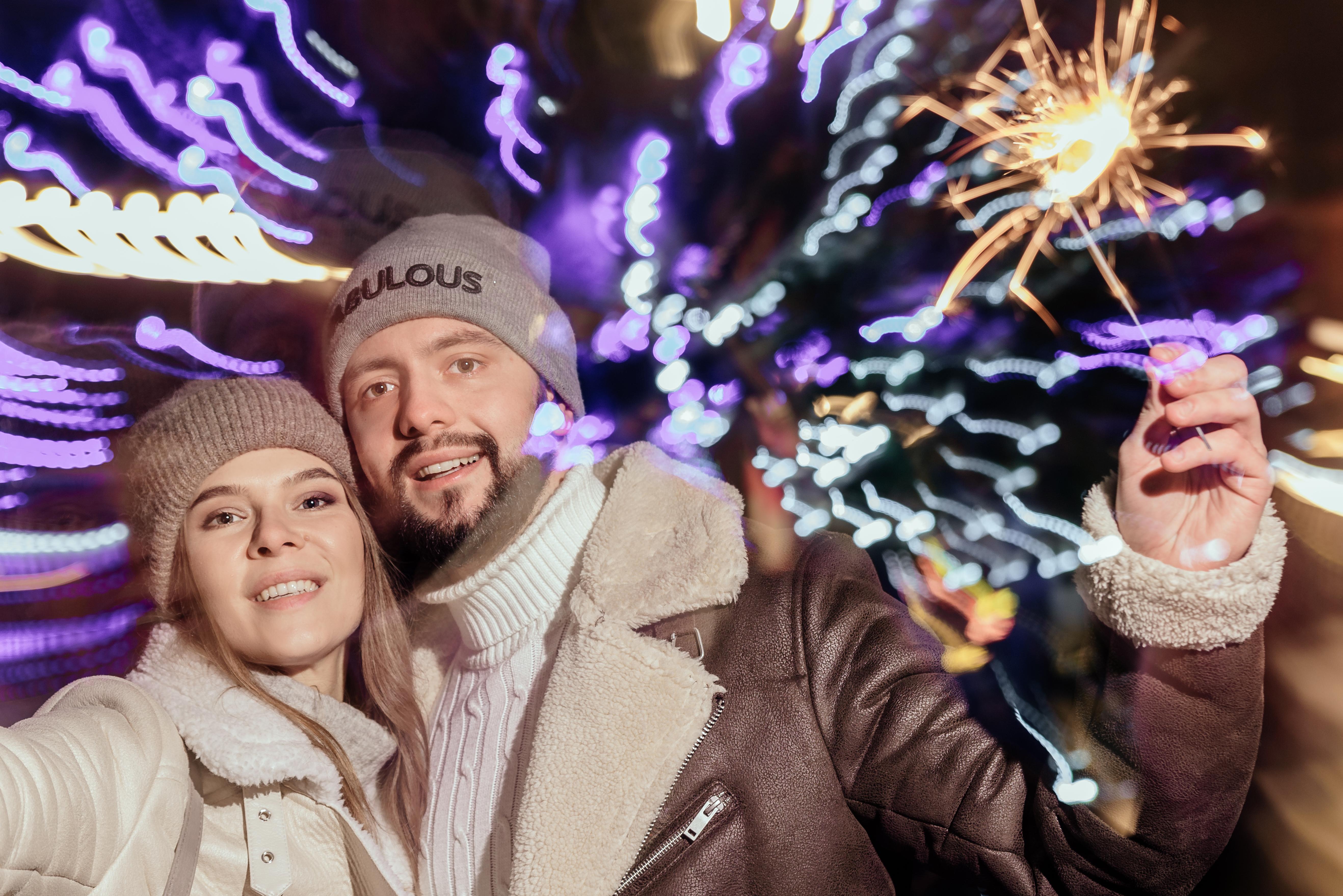 Фото Фотозйомка пари з в новорічній локації з використанням додаткового світла + обробка. Більше робіт в інстаграм trsphotozzz