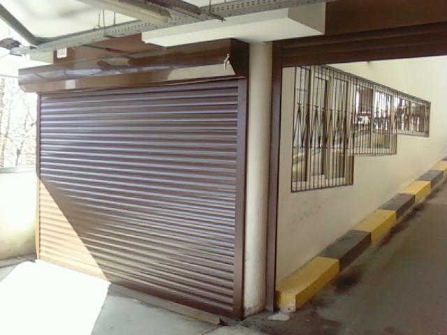 Фото Изготовление и установка ворот гаражных, промышленных, въездных 1