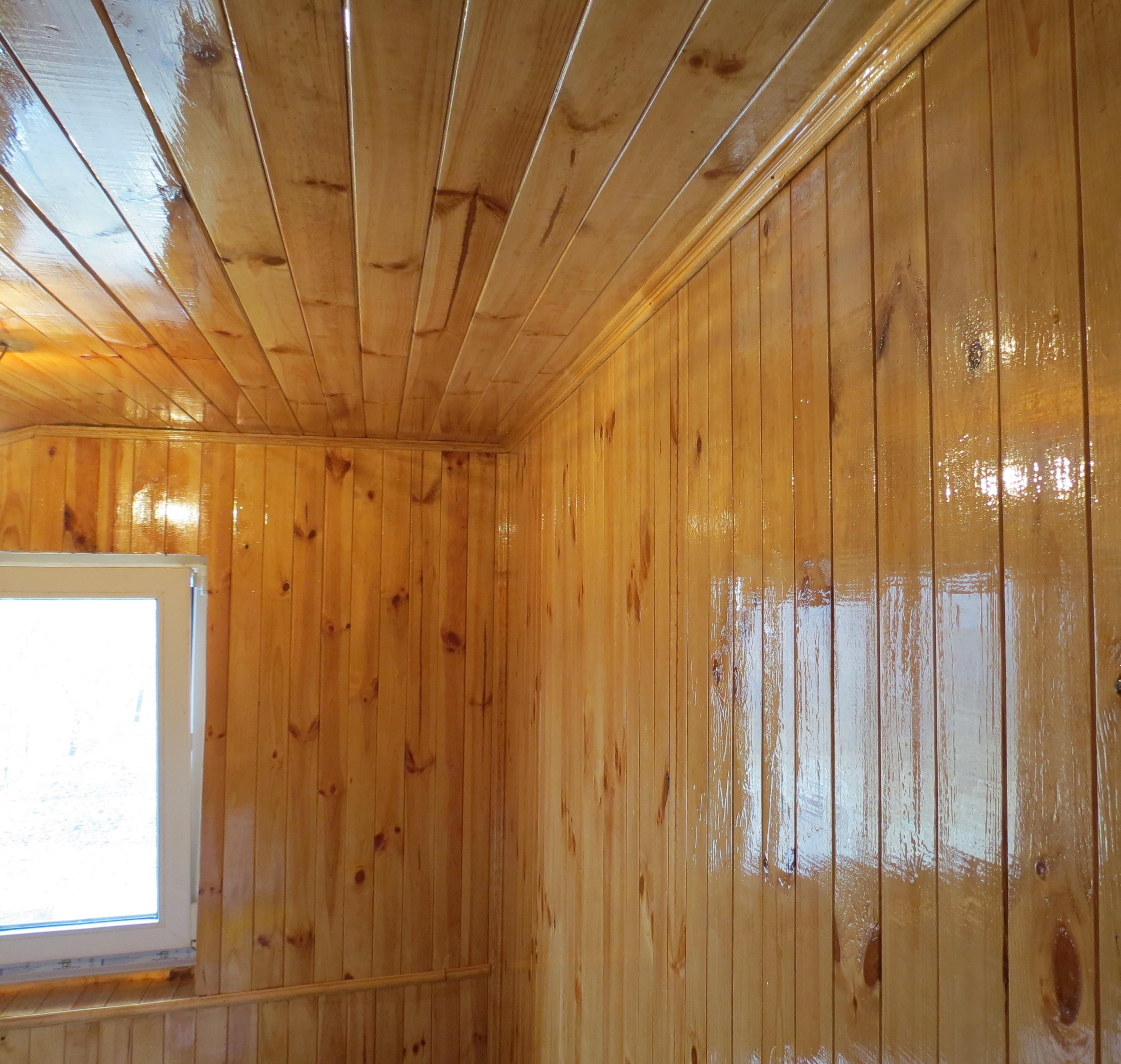Фото Обшивка потолка и стен деревянной вагонкой