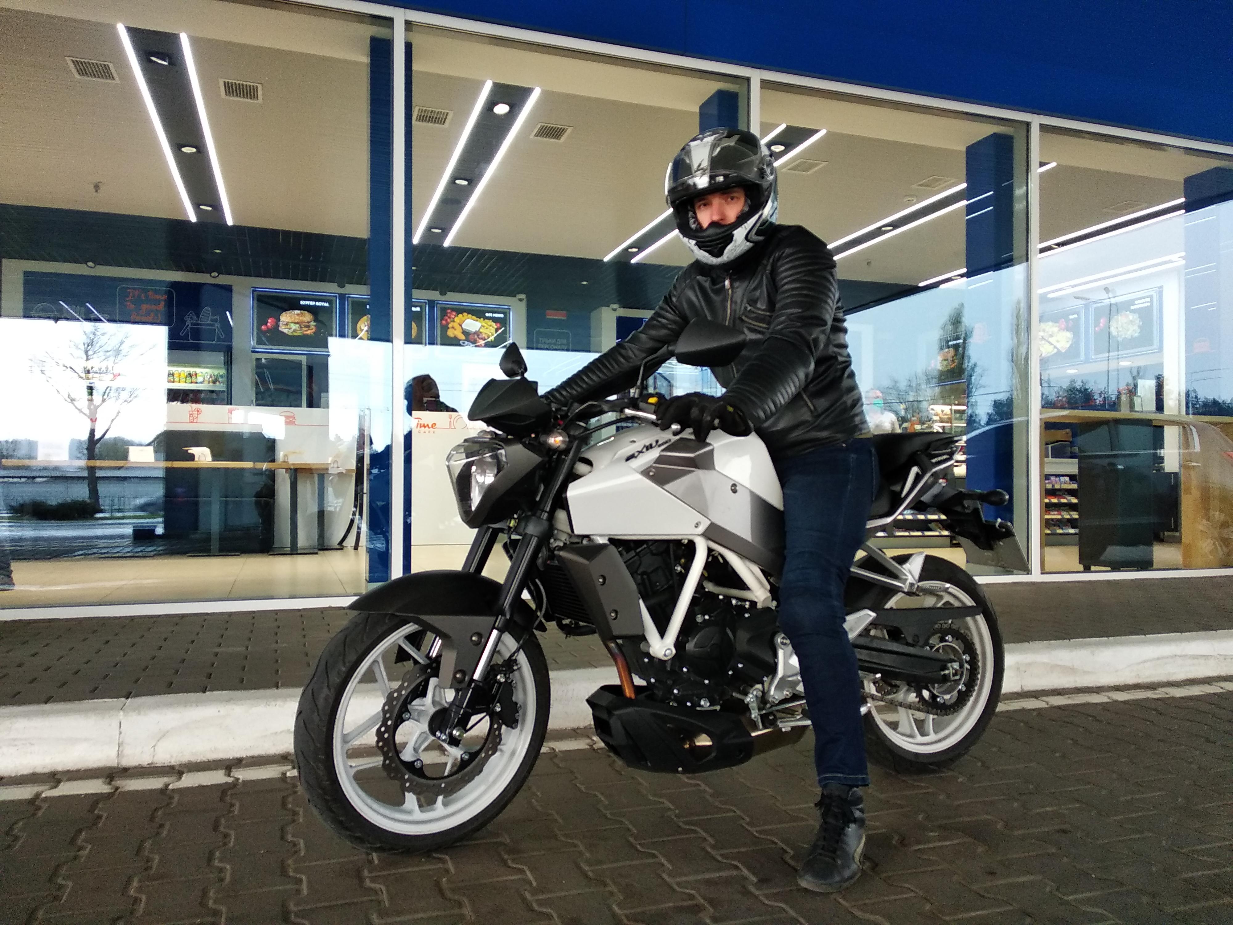 Фото Уроки вождения и управления мотоцикла,скутера 1