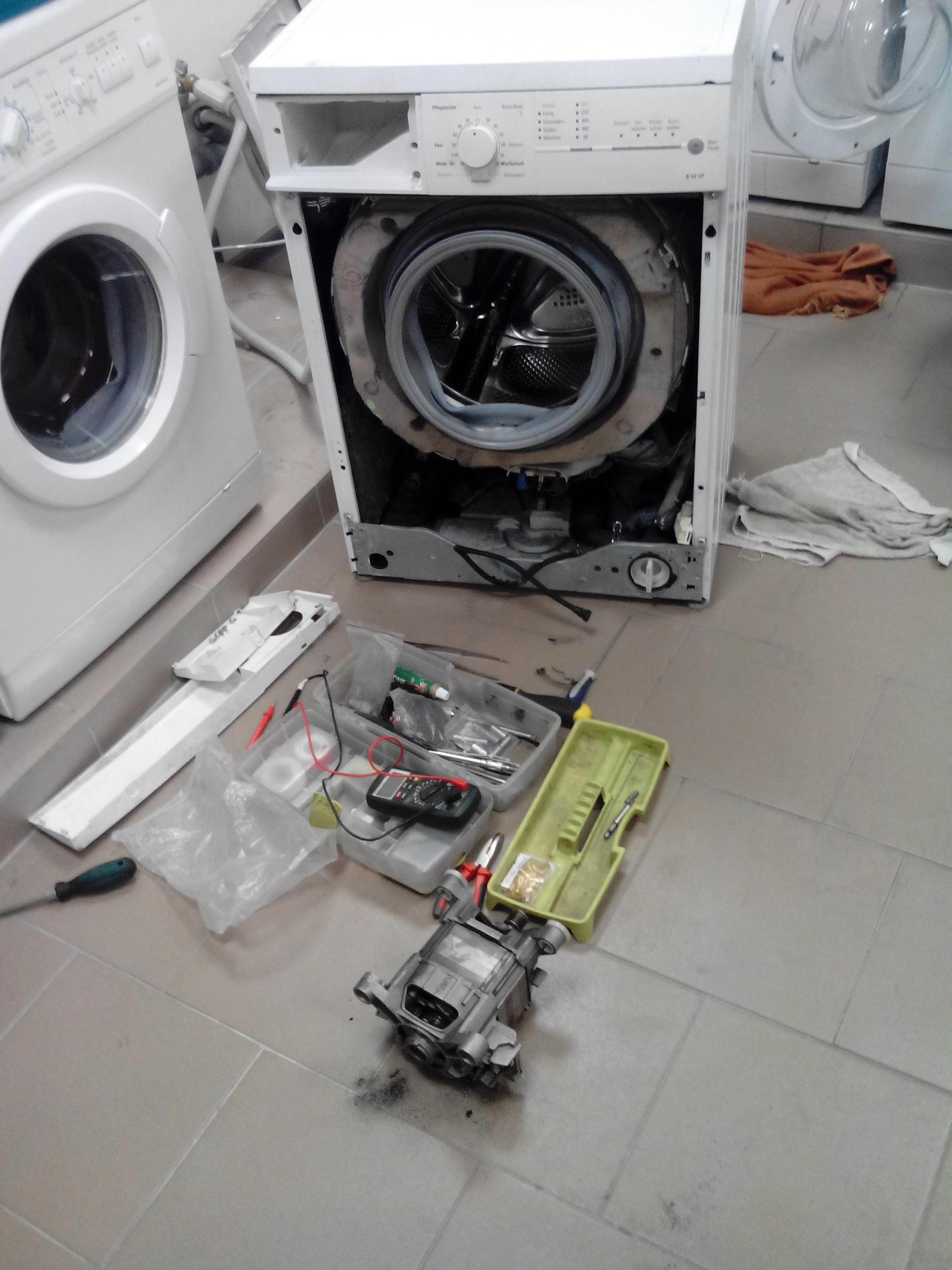 Фото Ремонт стиральных машин с гарантией до 6 месяцев на дому у заказчика.  2