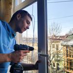 Регулювання ремонт метало пластикових вікон/дверей