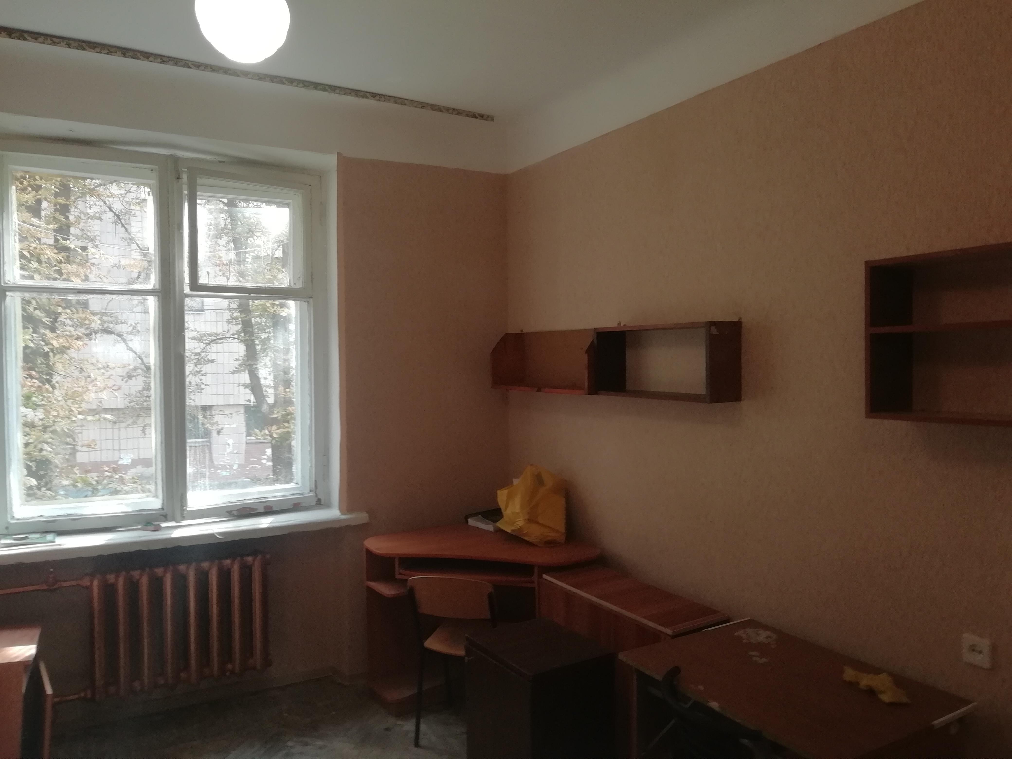 Фото Полный комплекс в комнате общежытия