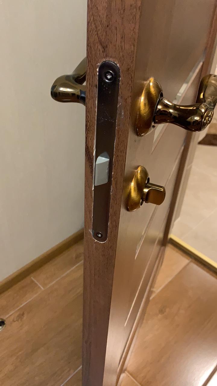 Фото Ремонт дверных ручек