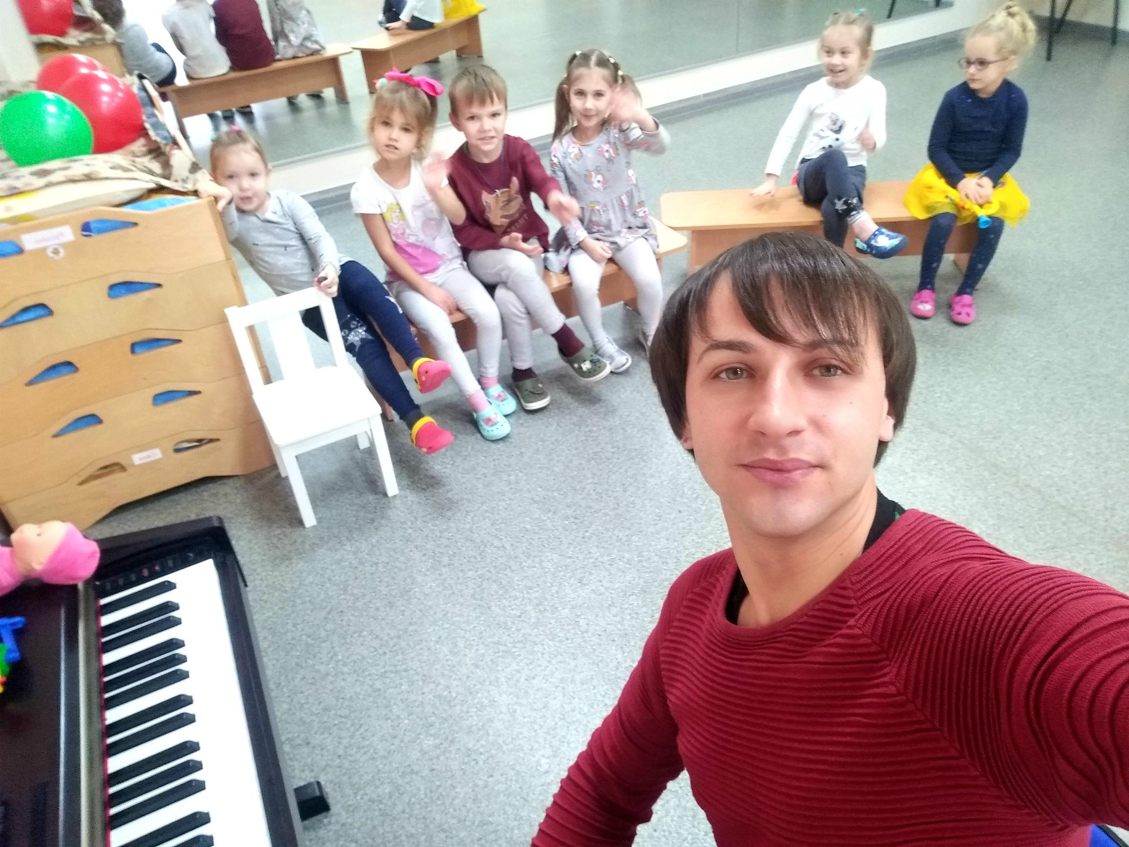 Фото Преподаватель актерского мастерства и вокала для детей 1