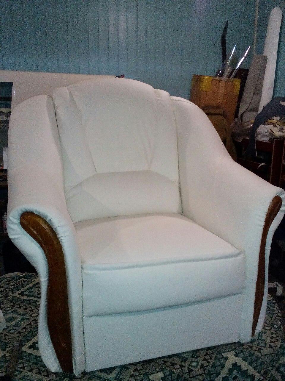 Фото Перетяжка кресла