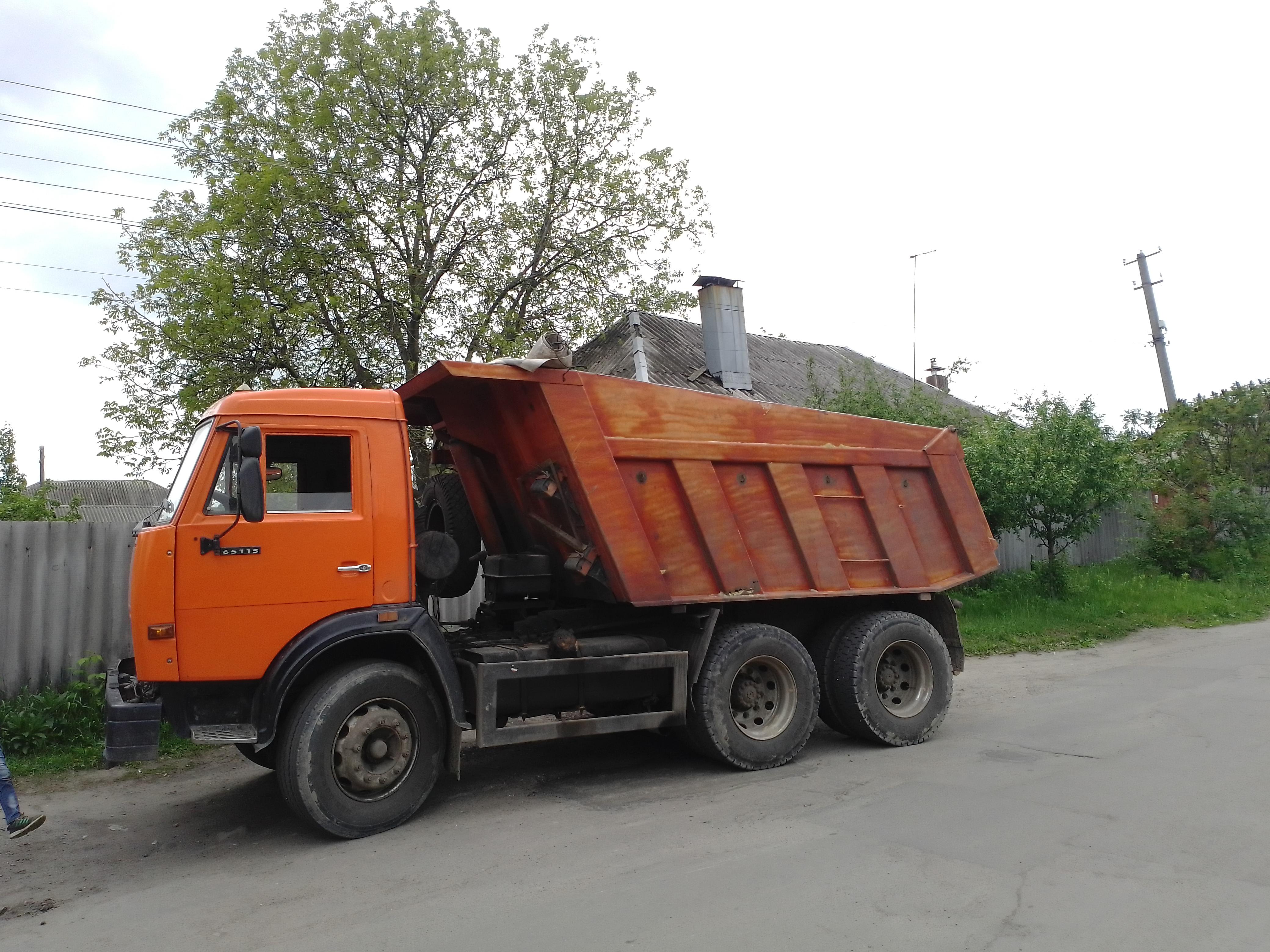 Фото Вывоз мусора с дачного участка