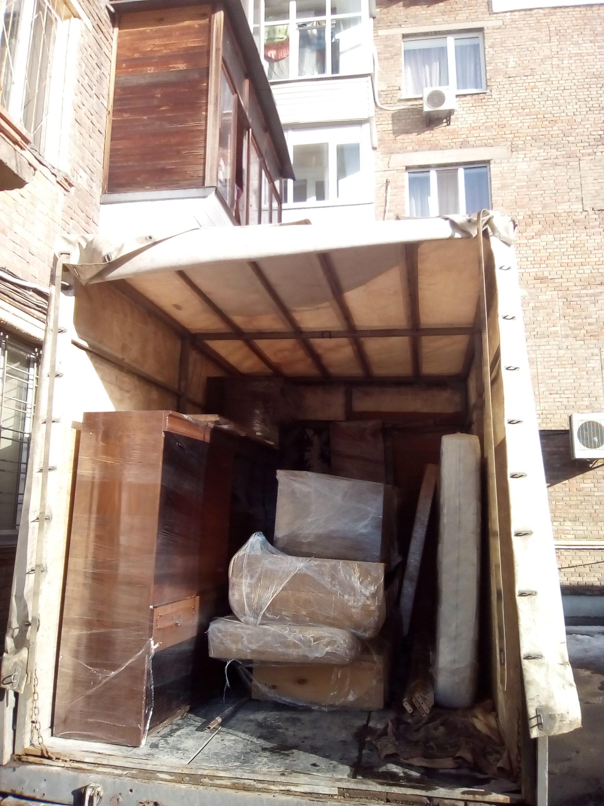 Фото переезд 2ух комнатной квартиры 3 этаж без лифта.в 11 этаж с лифтом.3 часа