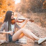 Профессиональная скрипачка